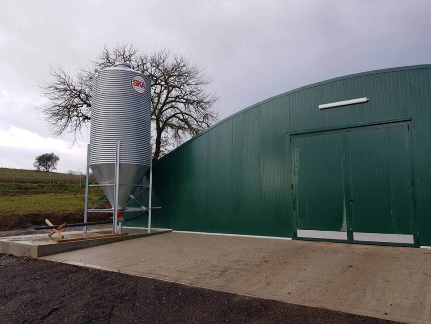 poultry houses - commercial free range poultry housing - poultry shed builders - poultry housing systems-4